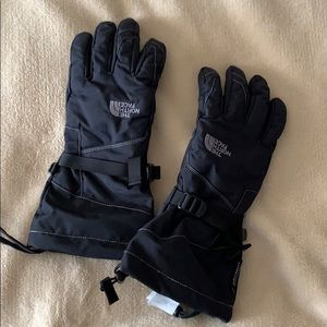 Small  women's north face gloves